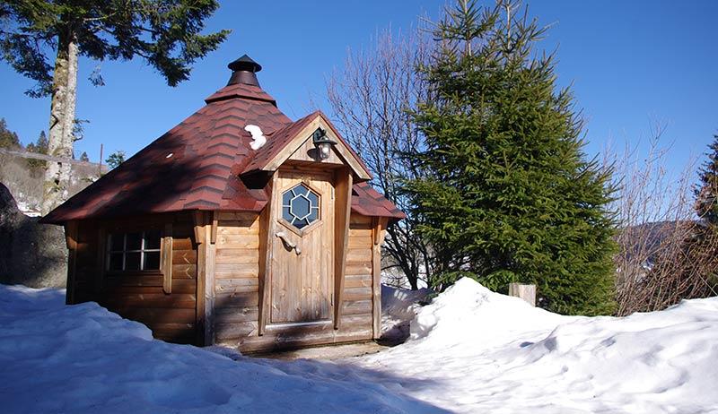 Le Kota finlandais de l'Etable à la Bresse en plein hiver