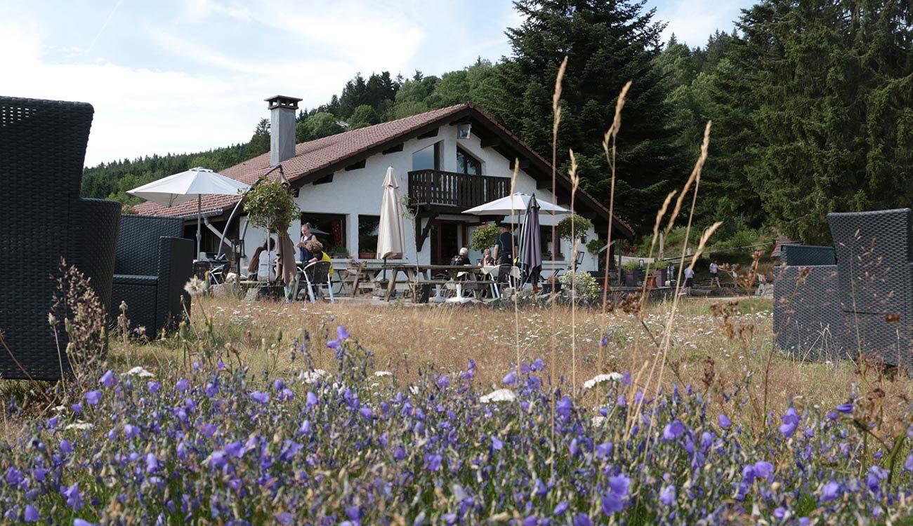 Restaurant L'étable à la Bresse fleuri